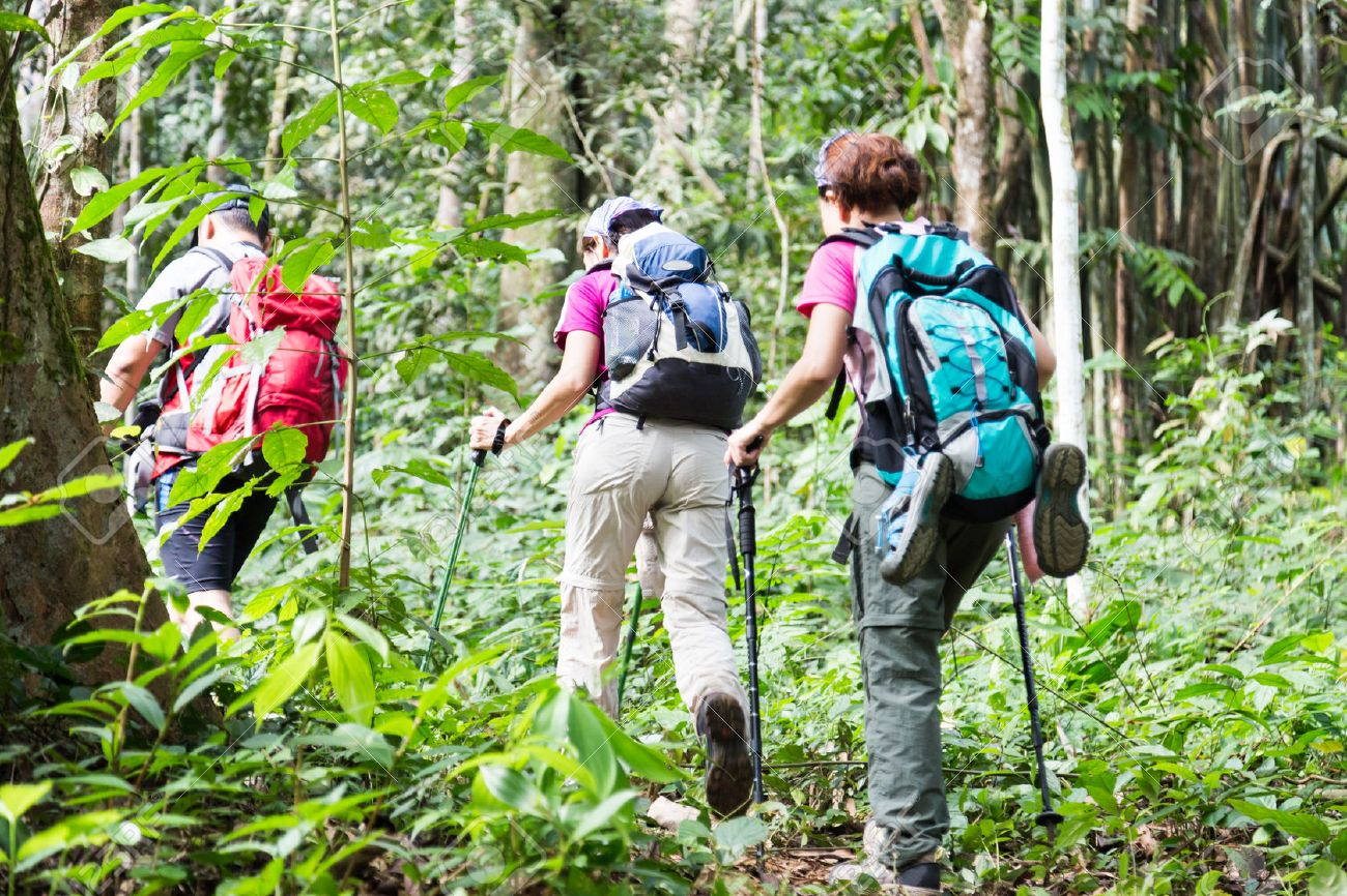 hiking etiquette and best practices